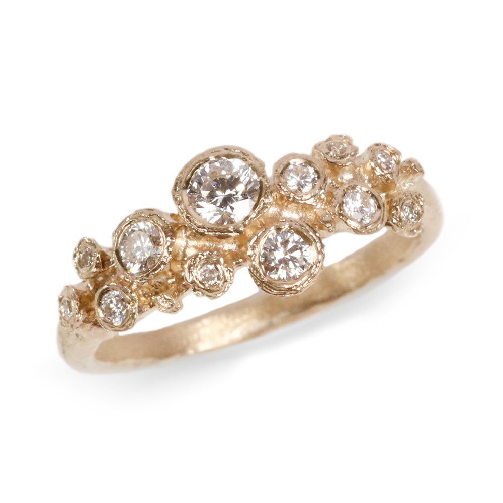 9ct Yellow Gold Multiset Ring with Twelve Diamonds
