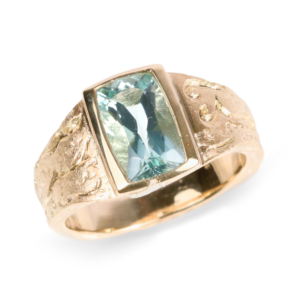 Diana Porter 9ct Yellow Gold Textured Ring with Aquamarine