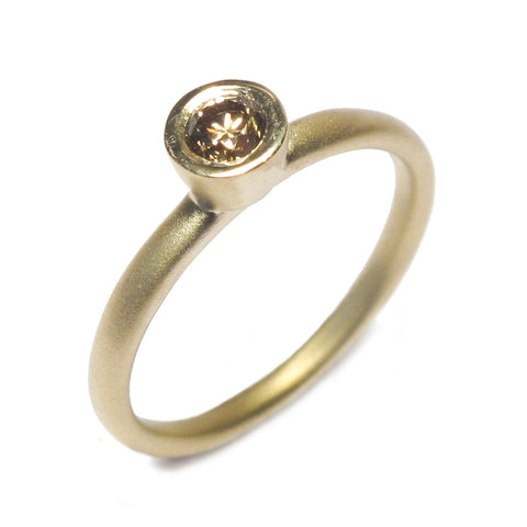 18ct Yellow Gold Ring with 0.17ct Brown Diamond