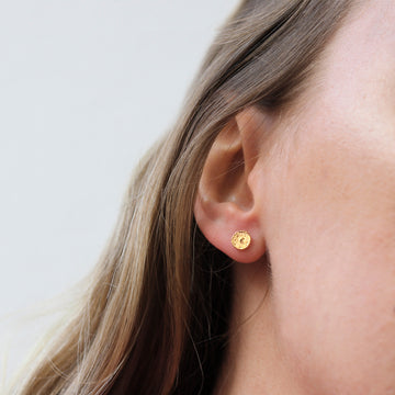 Momocreatura Mini Moon Disc Stud Earrings Gold Ring