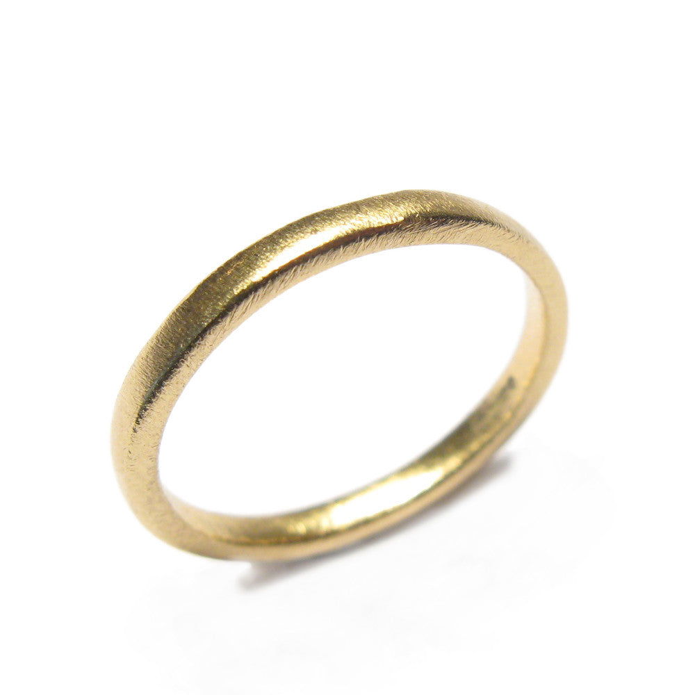 Diana Porter Jewellery contemporary yellow gold wedding ring