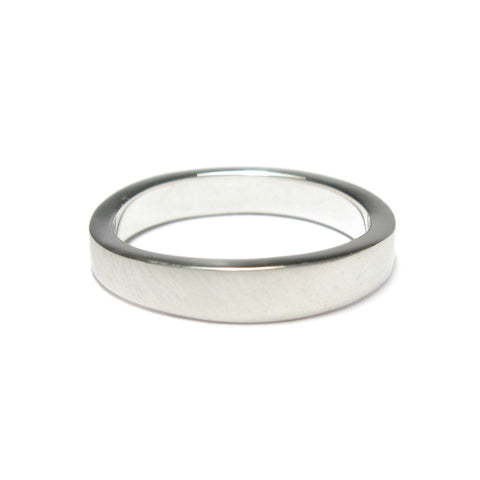 Narrow Plain Square Undulating Ring