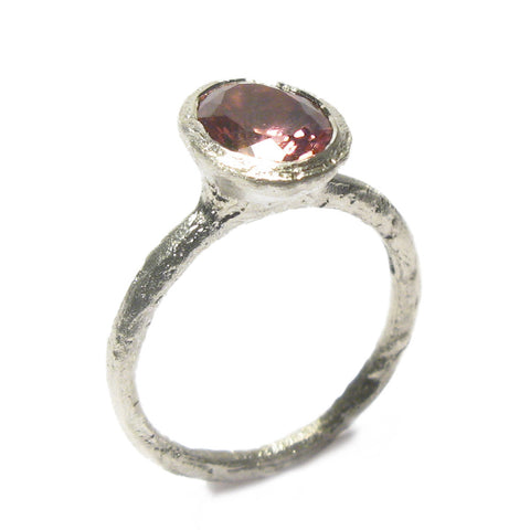 Oval Pink Tourmaline and 9ct White Gold Ring