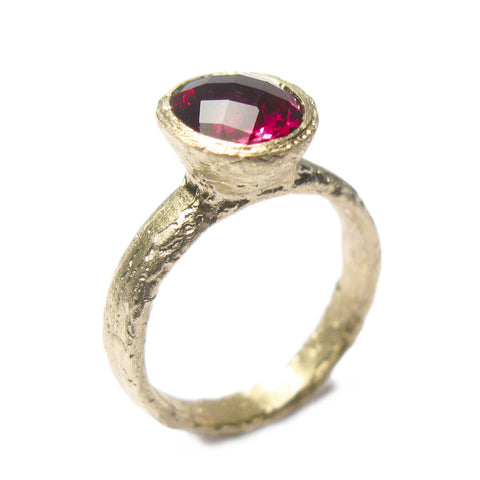 Oval Rhodalite Garnet and 9ct Yellow Gold Ring