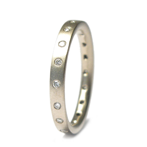 18ct White Gold Eternity Ring with Eighteen 0.01ct Diamonds