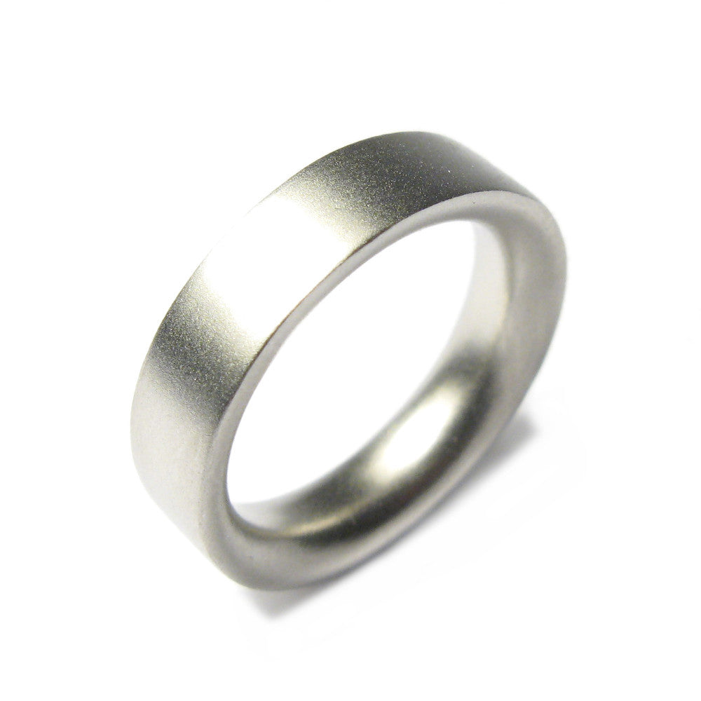 Diana Porter Jewellery contemporary mens platinum wedding band