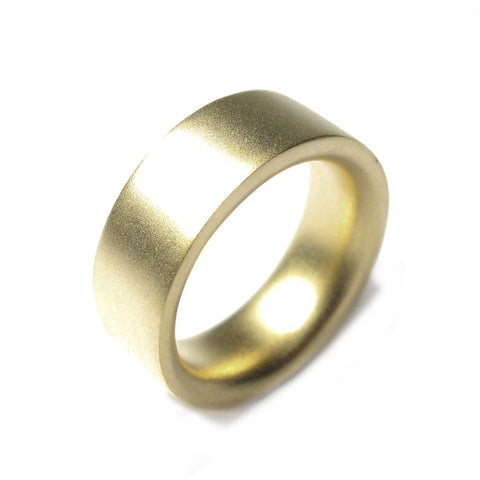 18ct Yellow Gold Reverse D Plain Ring