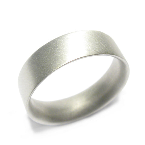 Wide Plain 9ct White Gold Reverse D Ring