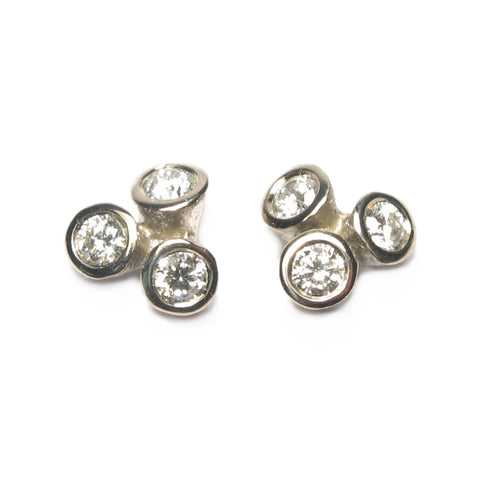 18ct White Gold Bud Diamond Ear Studs