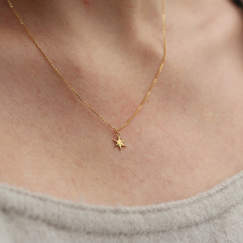 Momocreatura Mini Star Necklace Gold Plate