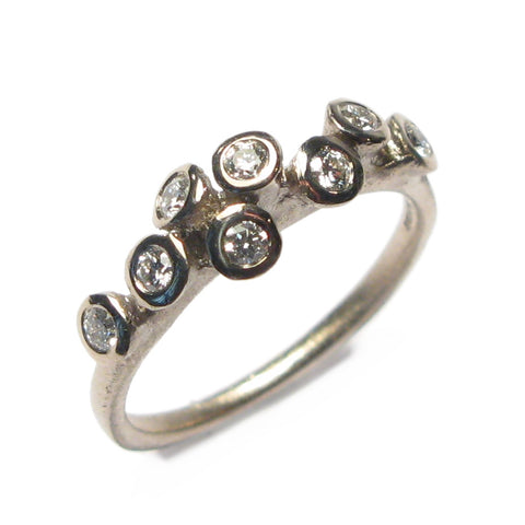 18ct White Gold Tiny Multi Set Ring with Eight Brilliant Cut Diamonds