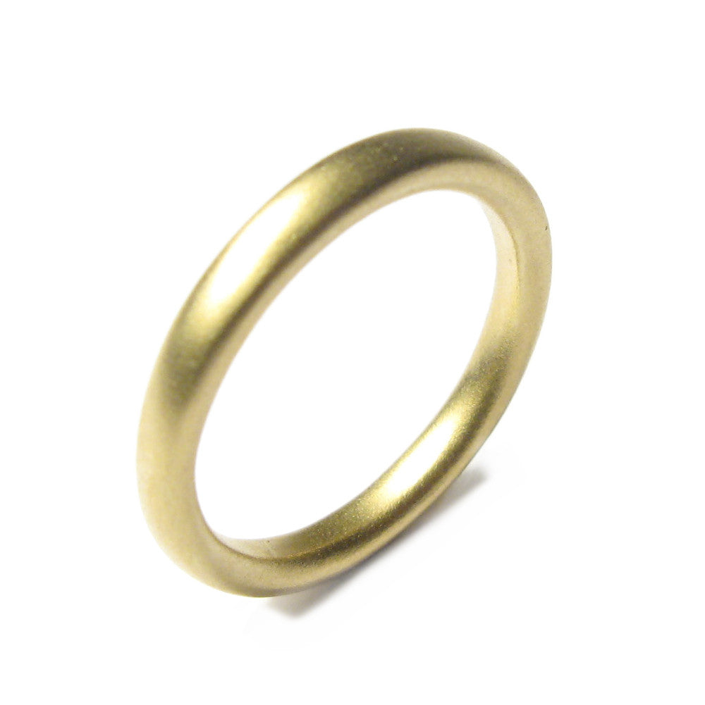 Diana Porter Jewellery contemporary narrow yellow gold wedding ring