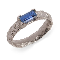 Fair Mind 18ct White Gold 'One-Of-Kind' Molten Ring with 0.96ct Sri Lankan Sapphire