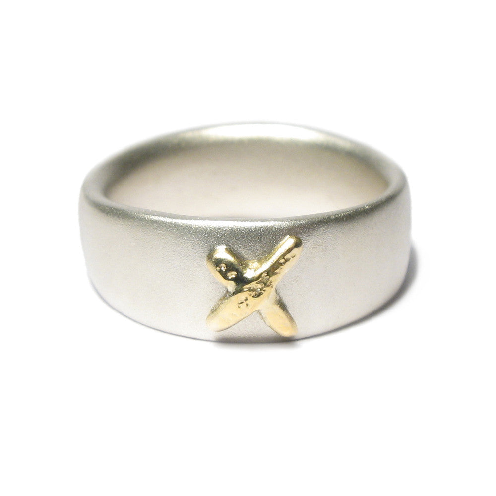 Diana Porter Jewellery contemporary silver and gold kiss ring