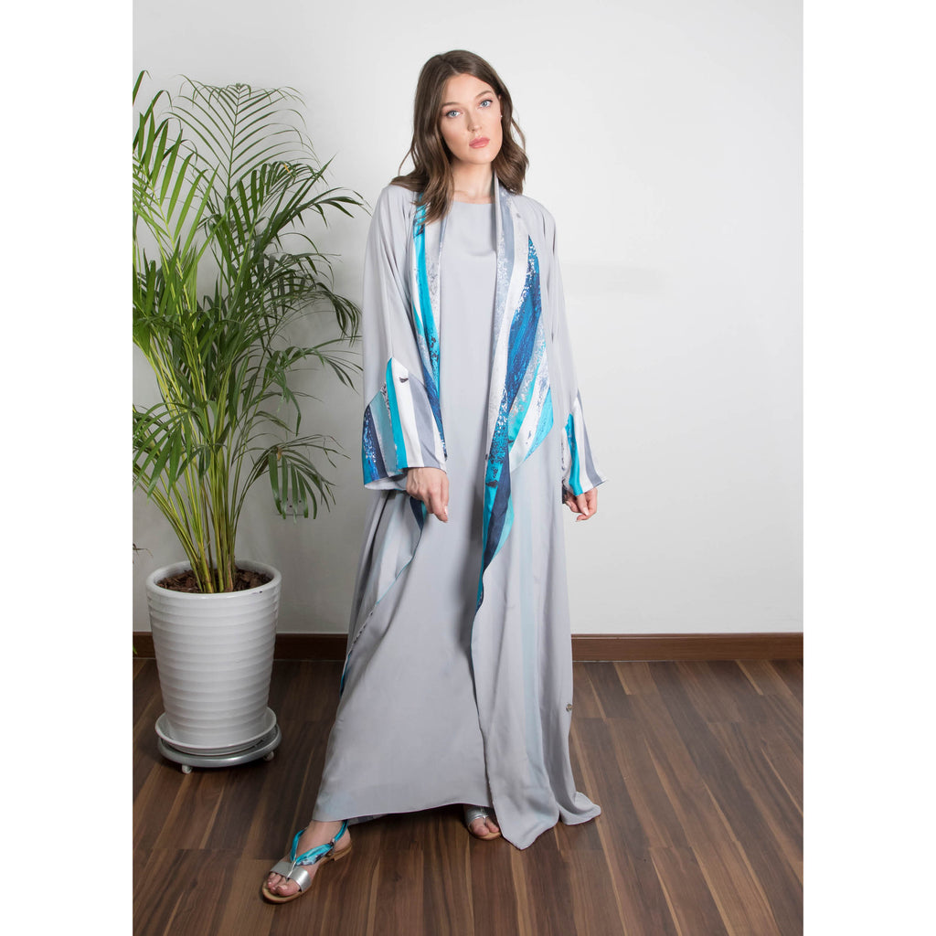 The (I) in Me - Draped - Trim Art Abaya (Gray)
