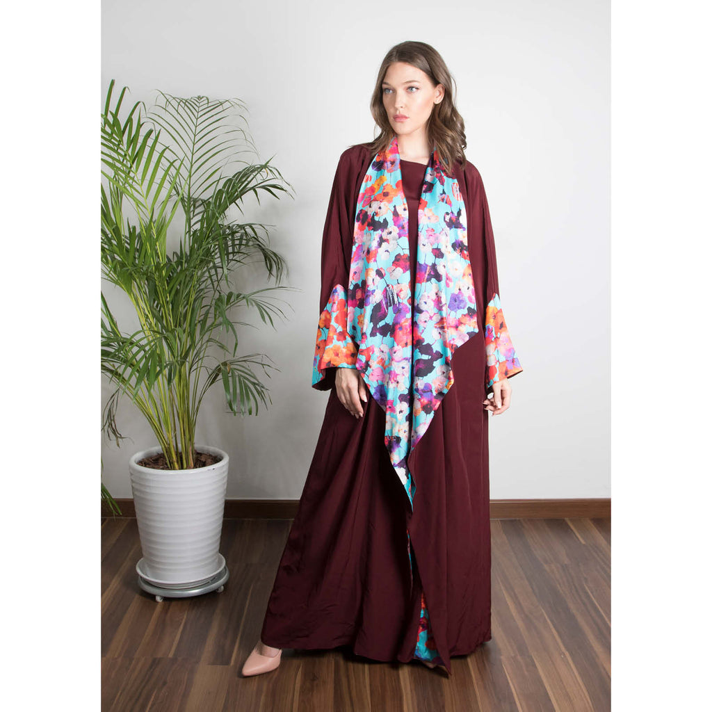 Zahra - Draped - Trim Art Abaya (Maroon)
