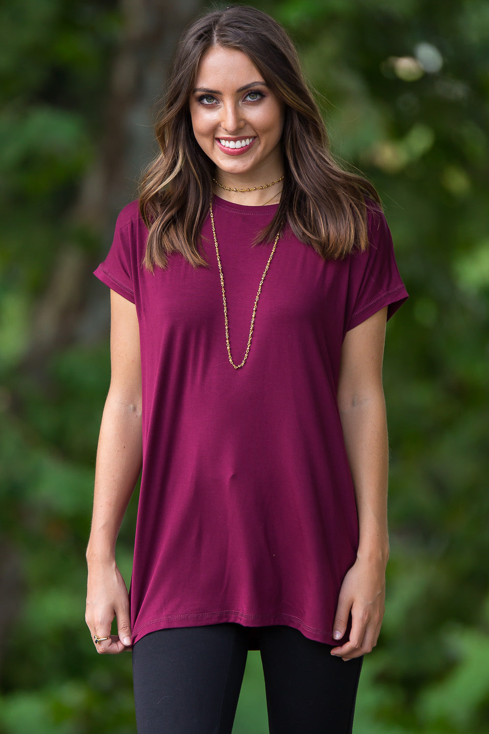 Short Sleeve Rolled Sleeve Piko Top - Dark Maroon
