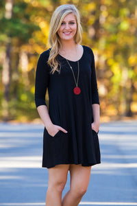 Piko 3/4 V-Neck Sleeve Swing Dress - Black