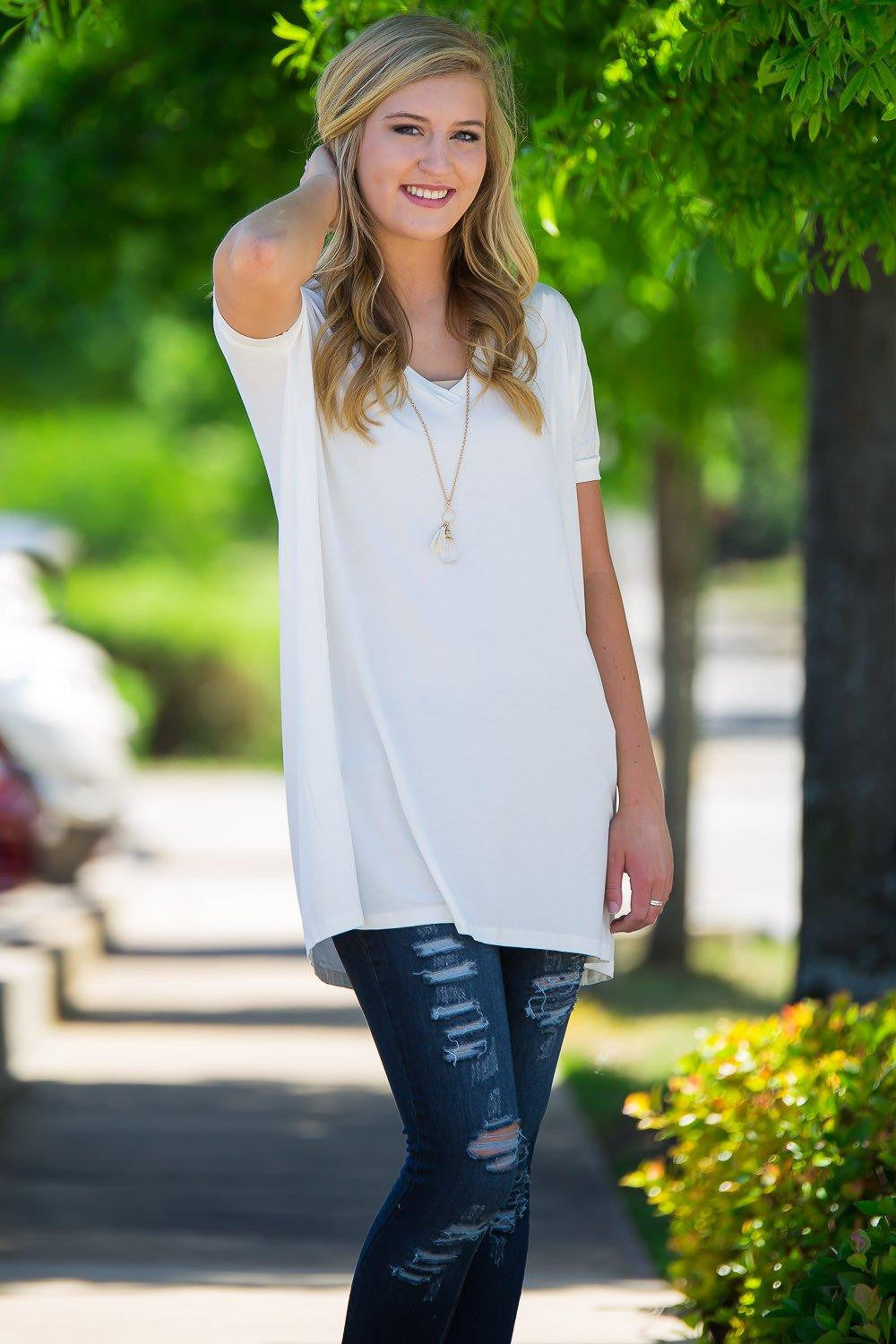 Short Sleeve V-Neck Piko Tunic - Off White - Piko Clothing