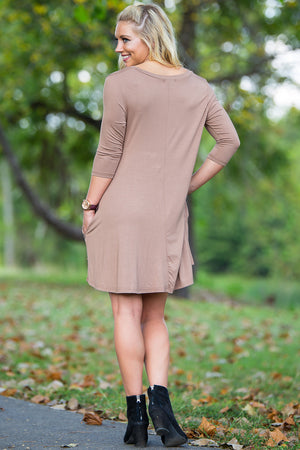 Piko 3/4 V-Neck Sleeve Swing Dress - Mocha