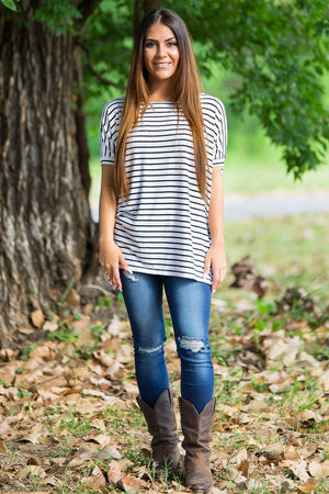 Short Sleeve Tiny Stripe Piko Top - White/Navy - Piko Clothing