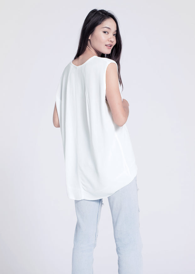 The Hi-Lo Shell Top w/ Dart Back