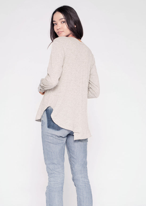 L/S Shifted Shirt-tail Henley Top