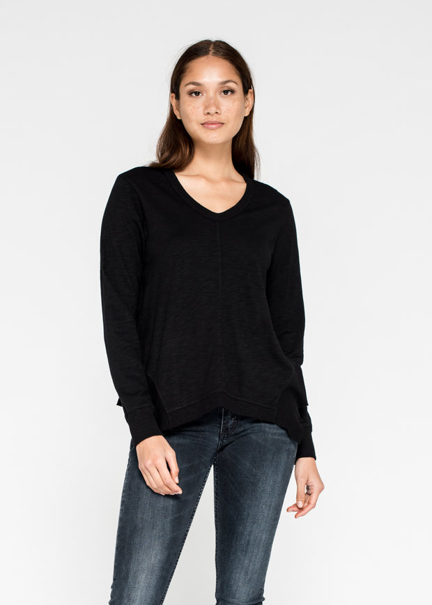 Scoopy Fit Flared Mixed Hem L/S Tee