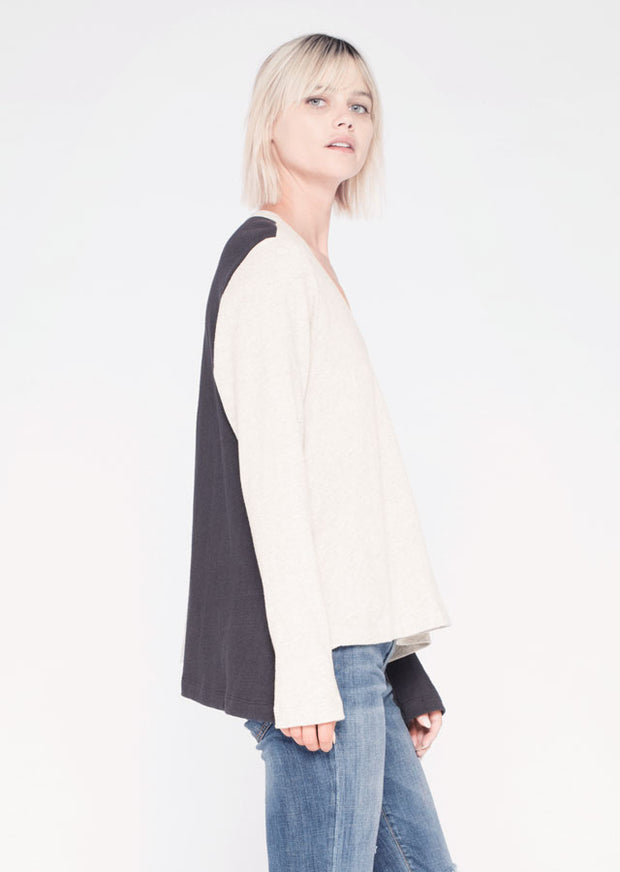 L/S Shrunken Open Neck Shifted Tee