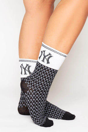 Black & White Ribbed NY Monogram Socks