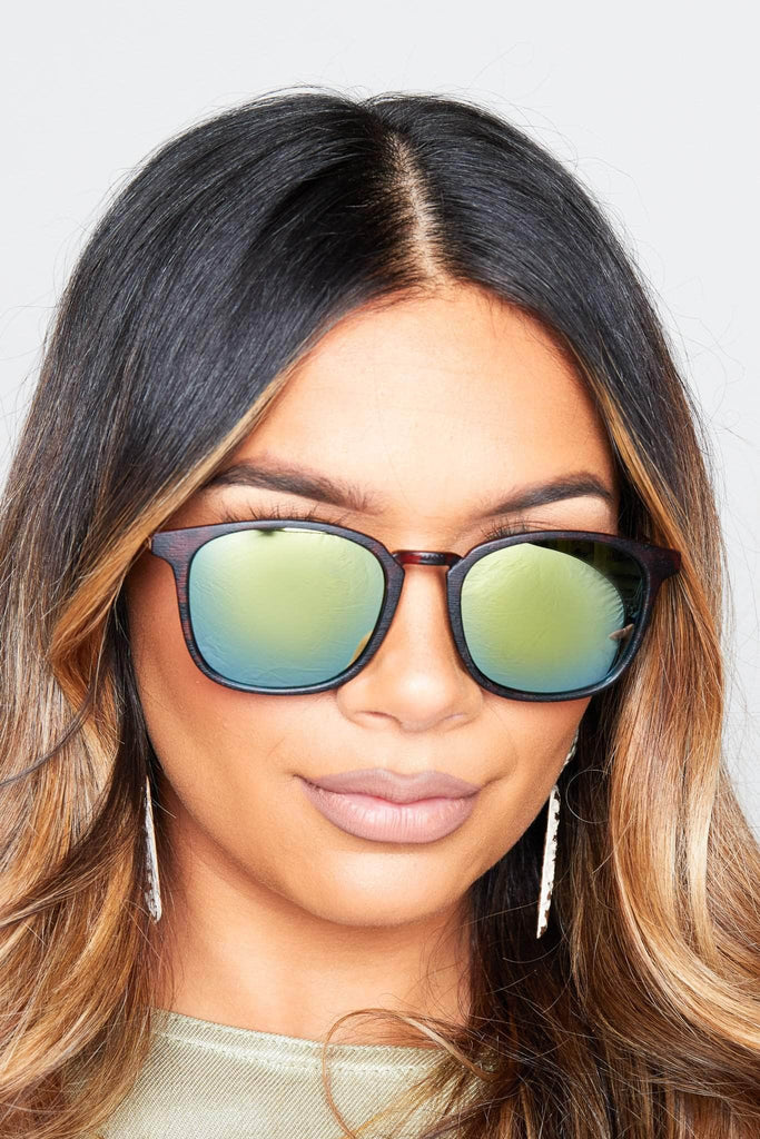 Reflective Sunglasses with Leopard Frame