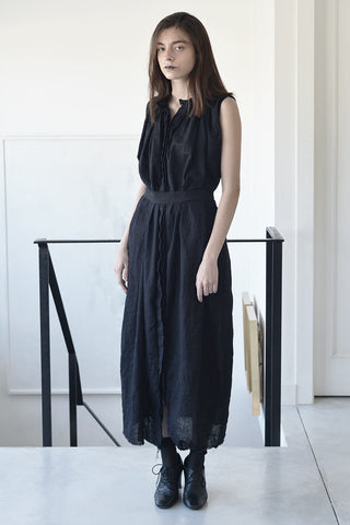 sleeveless maxi magistrate dress - black