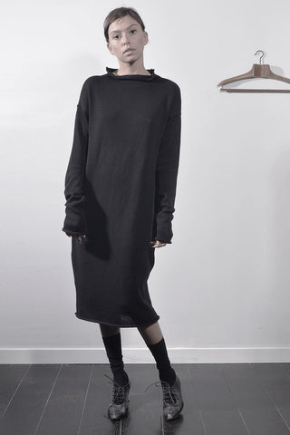 KNITTED TURTLENECK TUNIC - BLACK