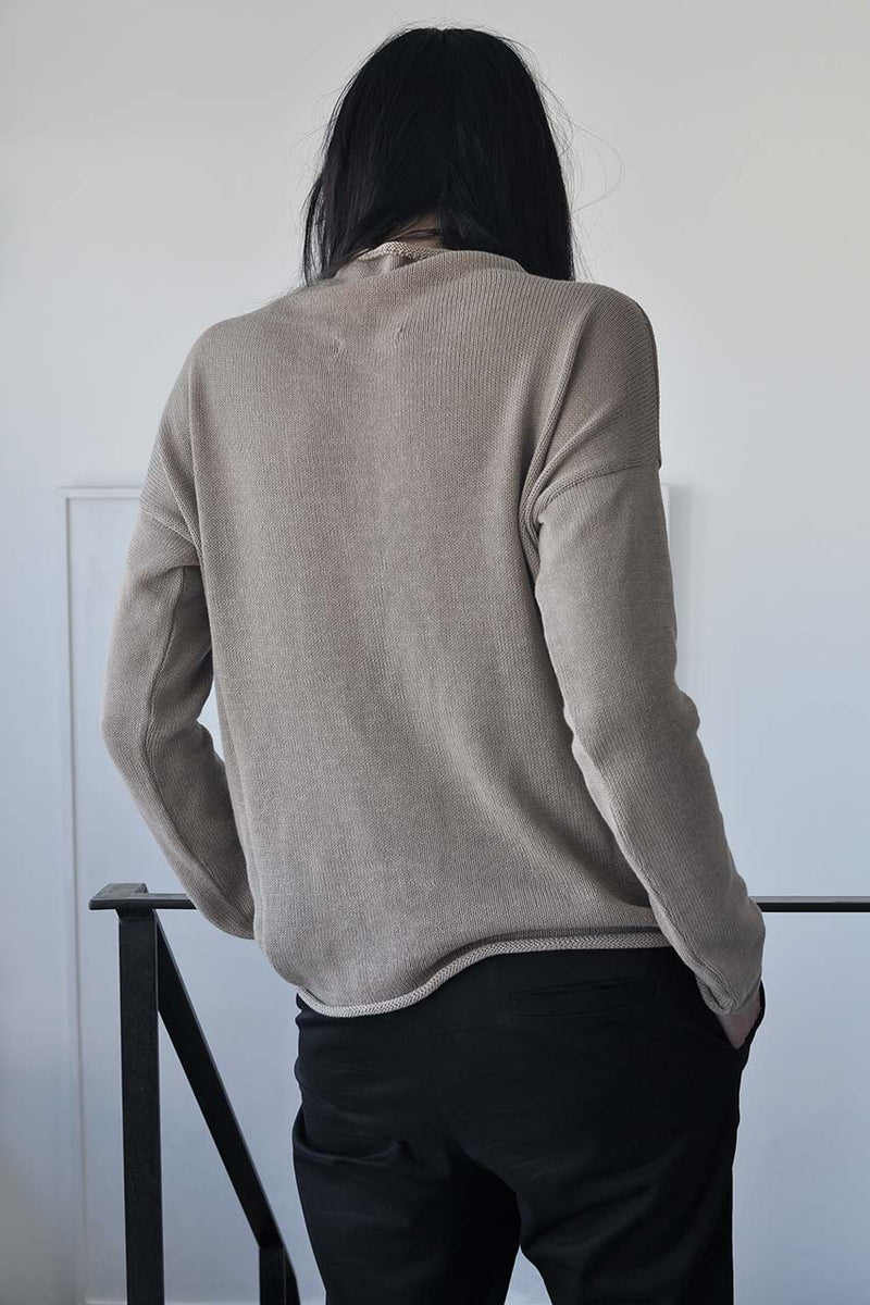 KNITTED TURTLENECK LONG SLEEVE SHIRT - MOCHA / BLACK