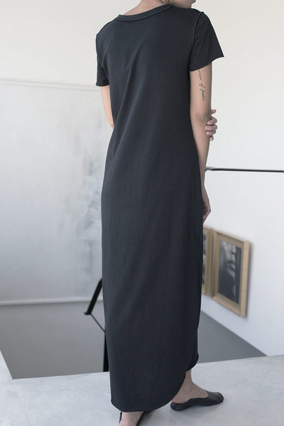 BABYLOCK JEWEL-NECK MAXI T DRESS - BLACK