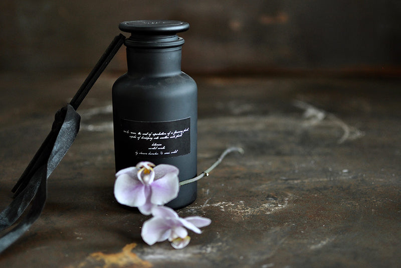 black silk room diffuser