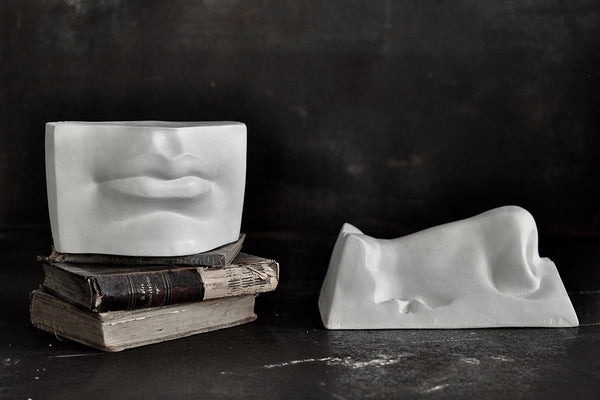 sculpture - lips