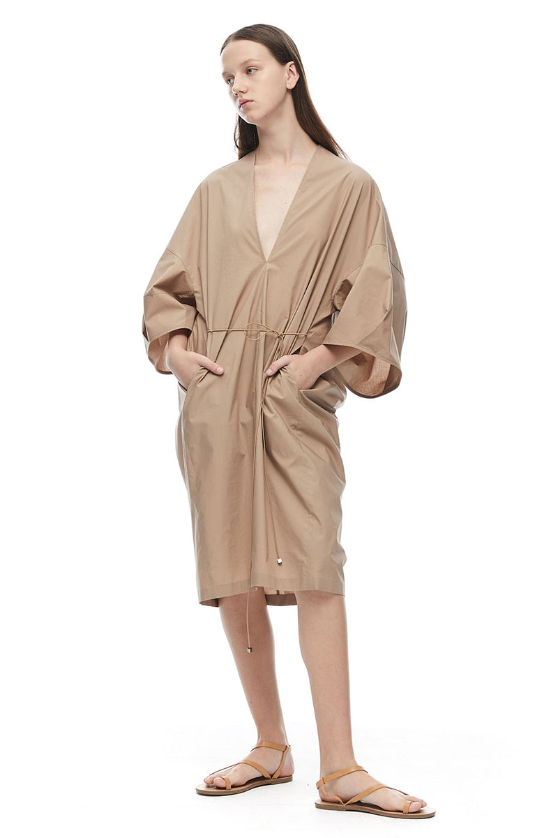 VOLUME SLEEVE V DRESS - BEIGE