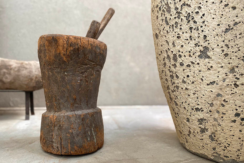 Sculpture mortar and pestle
