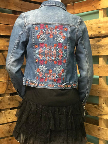 Jean Jacket w/ Ethnic Embroidery