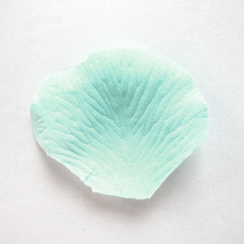 100 Aqua Artificial Bridal Wedding & Formal Silk Rose Petals