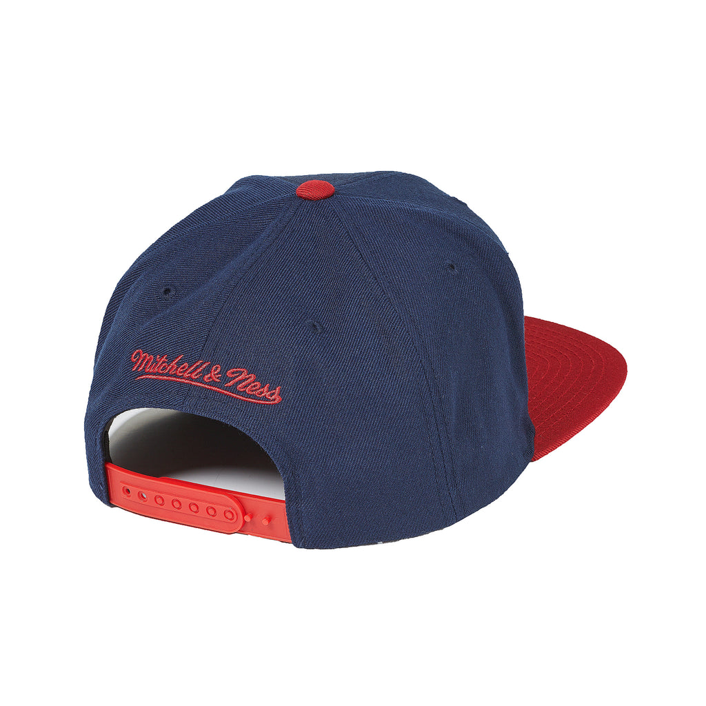 8b125ade4b4 New York Red Bulls Mitchell   Ness XL Logo 2 Tone Snapback ...