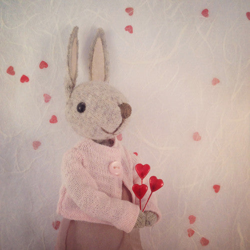 CR109 | Miss Bunny In Love