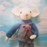 CR116 | Mr mouse with his teddy