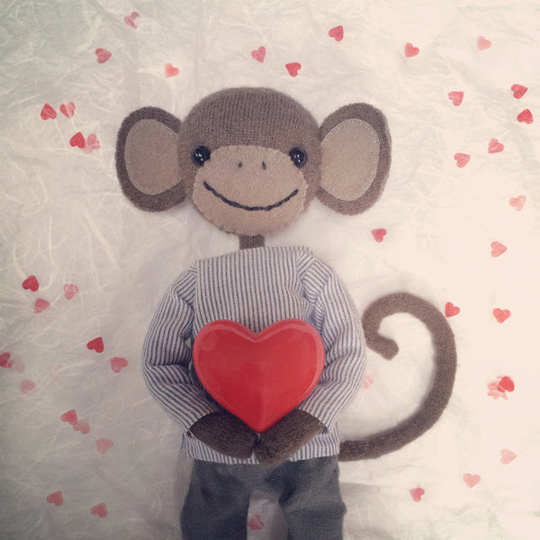CR124 | Monkey in Love
