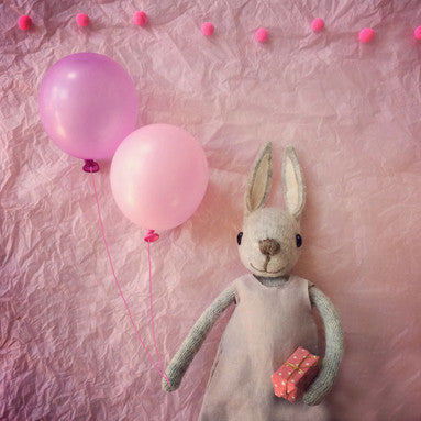 CR139 | Party time with Miss Bunny