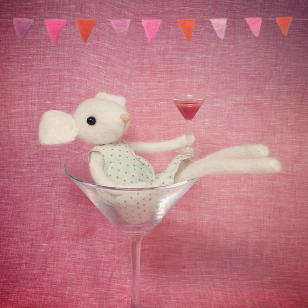CR160 | Celebrate with Miss Mouse