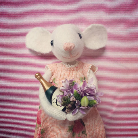 CR168 | Celebration mouse