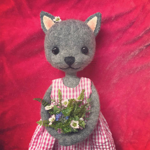 CR187 | CUTE CAT WITH FLOWERS