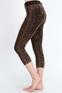 MINERAL CROPPED LEGGING